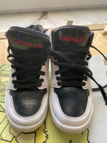Tenis bota Jordan criança