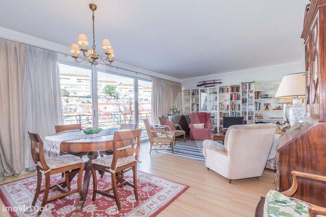 Apartamento T4 na Alta de Lisboa - Venha visitar este fantástico imóve