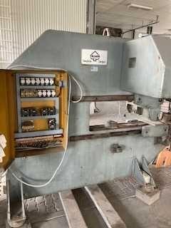 Reinhardt  Piec olejowy, przemysłowy do grzania szyb