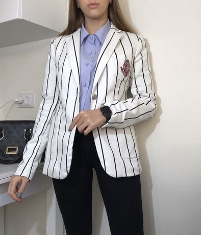Белый пиджак в полочку gant оригинал