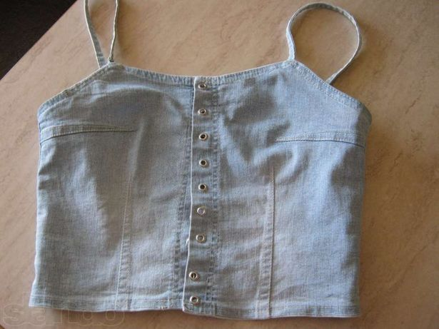 Продам женскую топ-майку джинс голубого цвета Размер S Цкну снизила