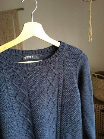 Granatowy bawełniany sweter w warkocze