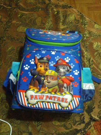 Школьный рюкзак отличного качества