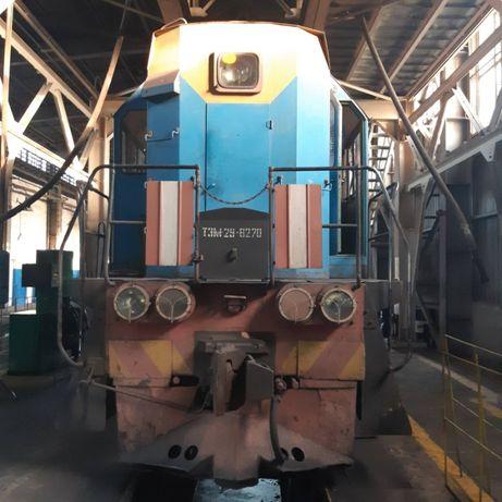 Продам Тепловоз ТЭМ2У 8270 в наличии в Мариуполе с дизелем Д50
