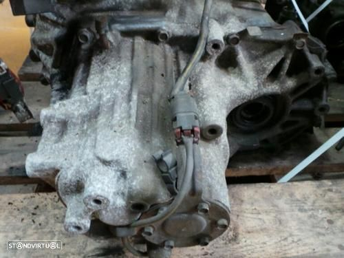 Caixa Velocidades Nissan Primera (P10)