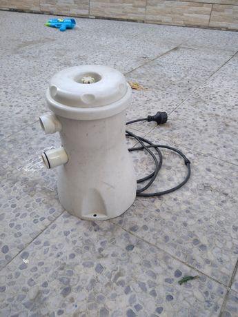 Bomba de piscina 1000L/H