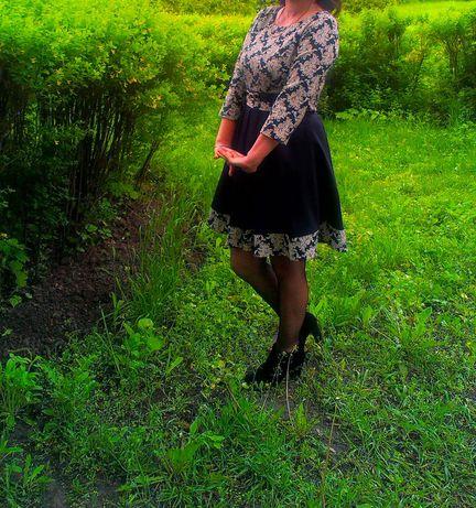 Продам платье 300 грн