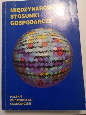 Książka Stosunki gospodarcze Adam Budnikowski