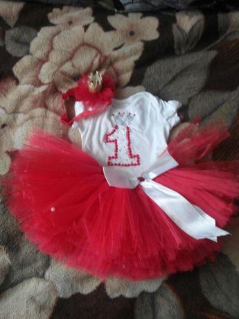 Праздничный наряд для маленькой принцессы)
