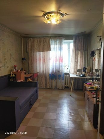 Продам 2 комнатную квартиру низ Рабочей 22а