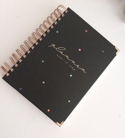 Planer niedatowany kalendarz