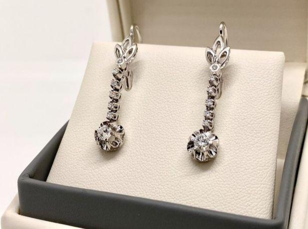 Brincos genuínos em ouro branco 18k e diamantes naturais