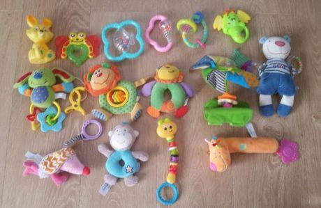 Zestaw paka zabawek dla niemowlaka grzechotki zawieszki piszczki