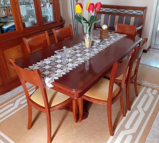 [Conjunto] Mesa de jantar em cerejeira