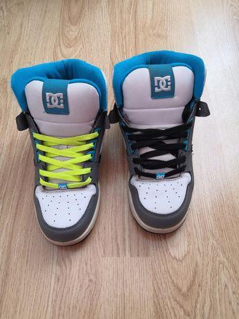 Красивые кроссовки - ботинки, размер 40,стелька 25,5 см