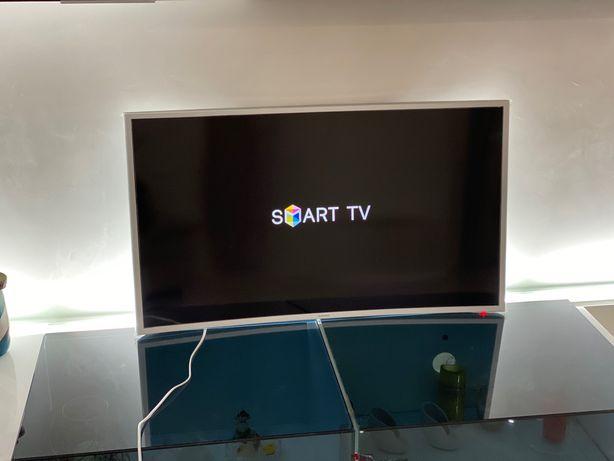 Телевизор Samsung 40' изогнутый Smart, HD Ultra, 4K— лучший из лучших