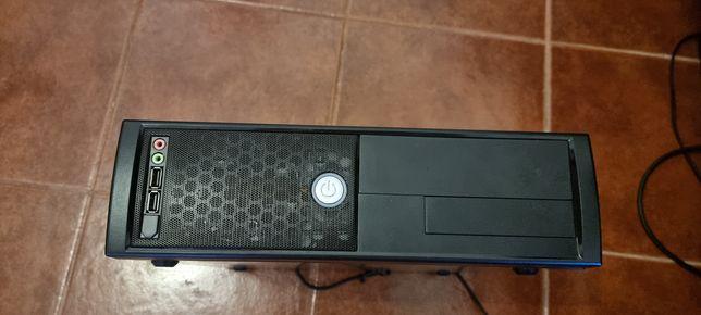 Computador pequeno.