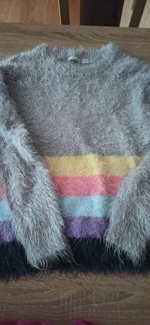 Swetrek dziewczęcy
