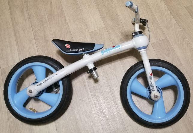 Немецкий алюминиевый велобег беговел с надувными колесами JD BUG