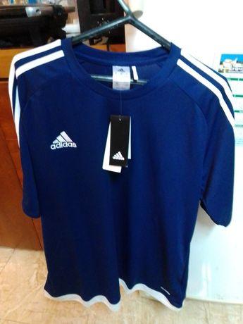 Conjunto de T-shirt e Calções da Adidas Originais