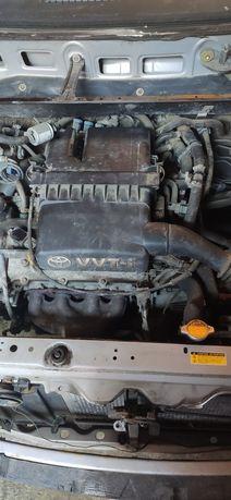 Silnik Toyota Yaris 1.0 Benzyna LPG + skrzynia biegów, kierownica