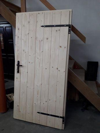 """Drzwi drewniane zewnętrzne gospodarcze letniskowe """"Z"""" Świerk"""
