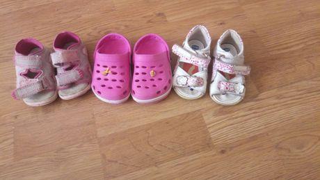 Продам обувь для девочки на лето