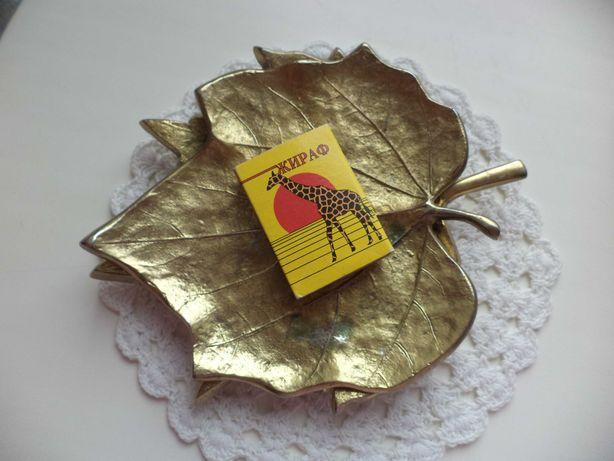 подставки тарелочки металл лист тополя и платана Англия