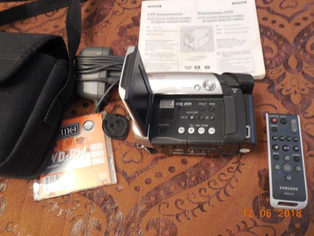 DVD-видеокамера Samsung VP-DC163(і)