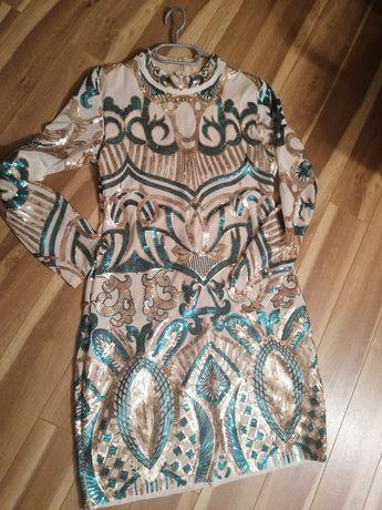 Piękna sukienka cekinowa