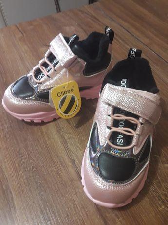Кросовки для девочки, новые