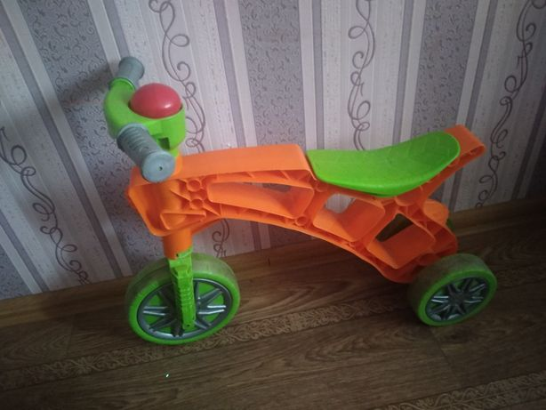 Ролоцикл, беговел, трёхколёсный ролоцикл