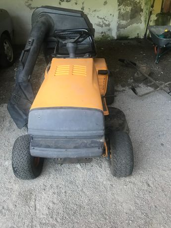 Tractor de cortar relva de 10,5 CV