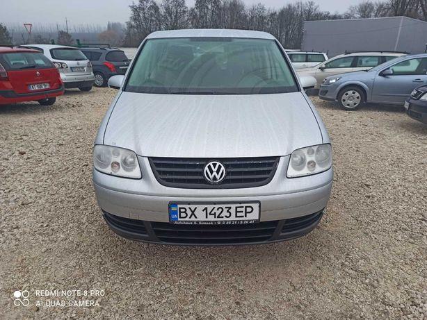 Продам volkswagen touran 1.9 TDI свіжа.