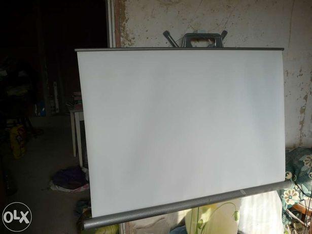 диапроекторный экран