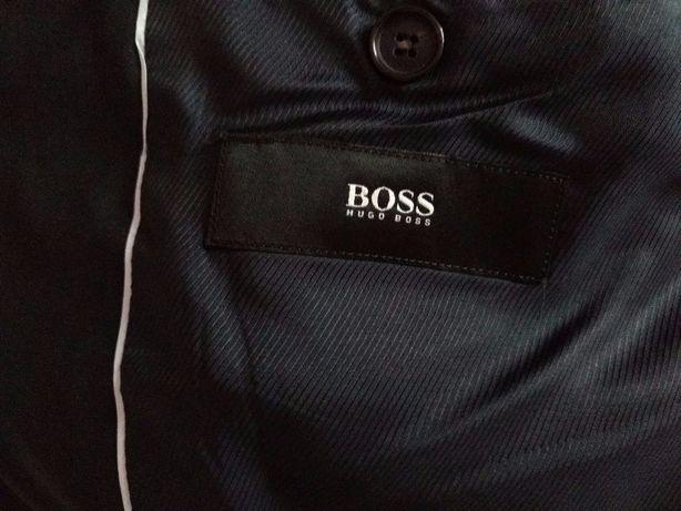 Стильный пиджак ( блейзер ) HUGO BOSS (оригинал)