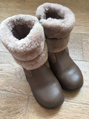 Зимові чобітки для дівчинки Лапсі