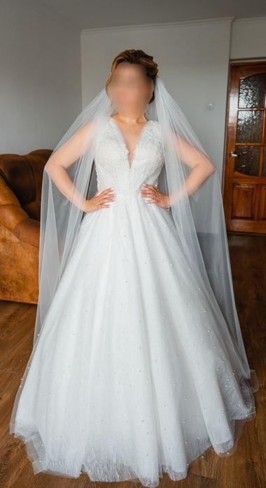 Продам весільну сукню ЗНИЖКА!!! Ціна нового - 15000 грн Львов - изображение 1