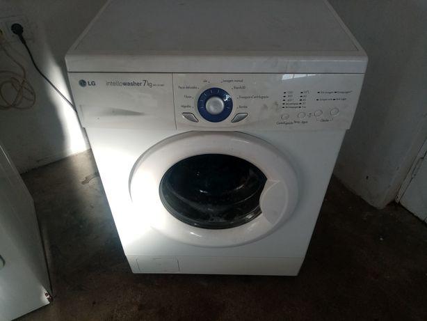 Máquina de lavar roupa LG 7 kilos
