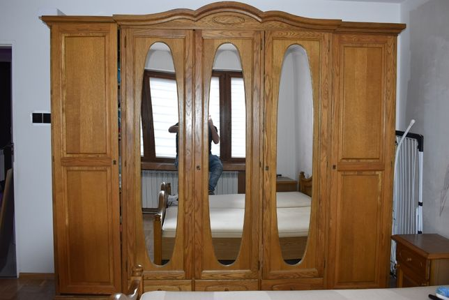 Meble do sypialni komplet łóżko małżeńskie szafa szafki nocne lustro