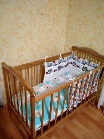 Детская кроватка, матрац, защита и одеяло в подарок