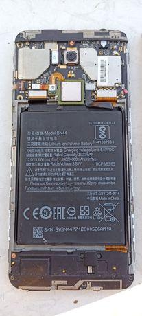 Телефон Xiaomi Redmi 5 Plus+ на запчасти 3/32
