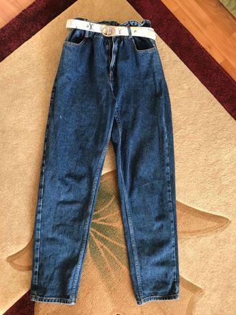 Моми джинси/джинсы
