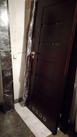 Drzwi wewnętrzne 80L Pol–Skone Sempre W03 z regulowanymi ościeżnicami