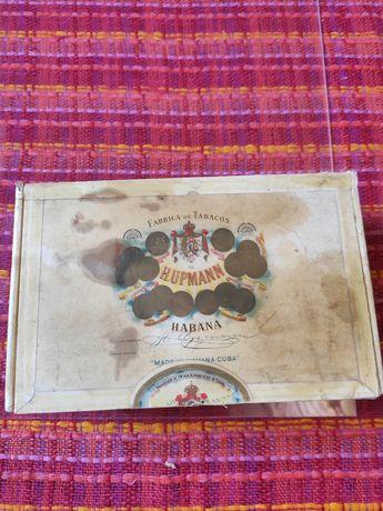Продам коллекционную коробку из под сигар