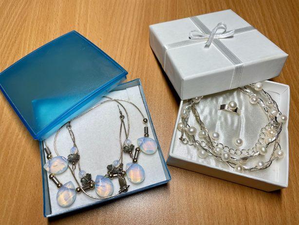 Набор украшений, жемчуг, лунный камень, колье, сережки, кольцо,подарок