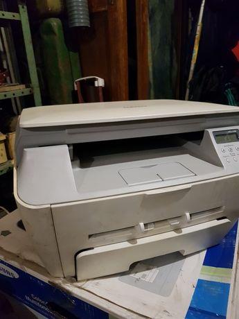 Продам лазерный МФУ Samsung SCX-4100 (принтер-сканер-ксерокс А4).