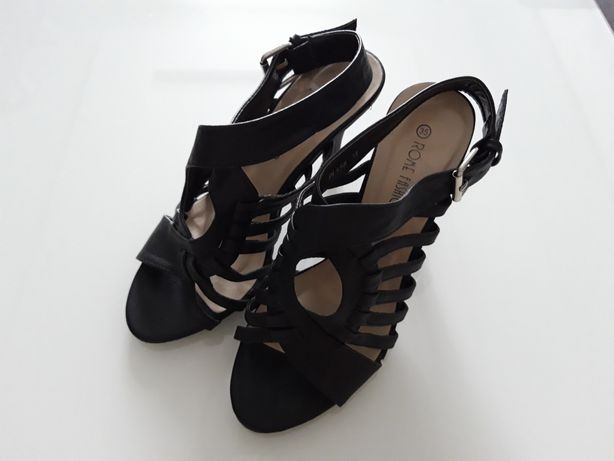 Sandały na obcasie rozmiar 35