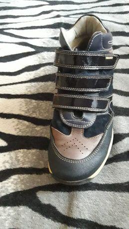 Продам обалденные осенние ботинки
