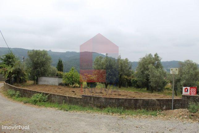Terreno para construção em Azões, Vila Verde